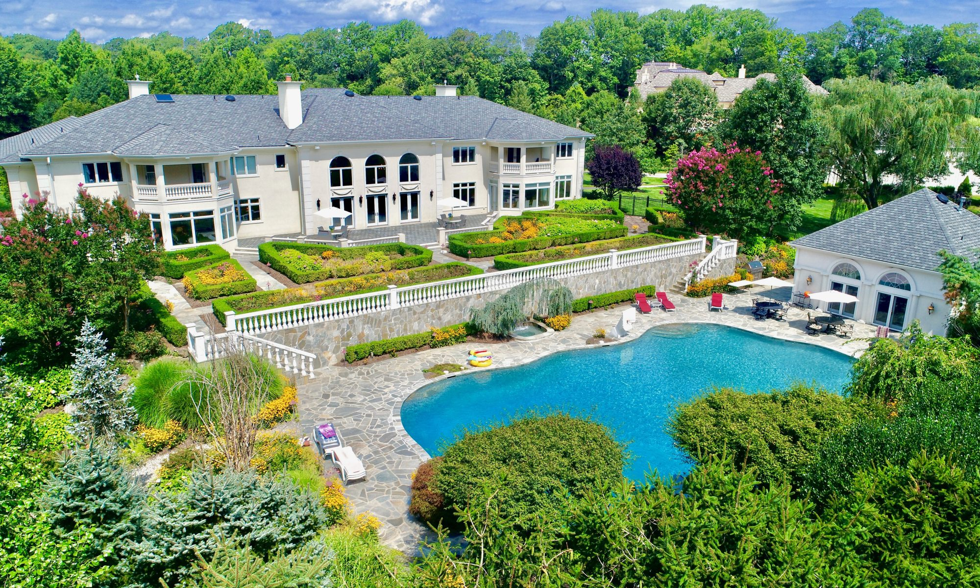 Colts Neck Homes For Sale, Estate Homes For Sale, High-end Homes, Luxury Homes for Sale